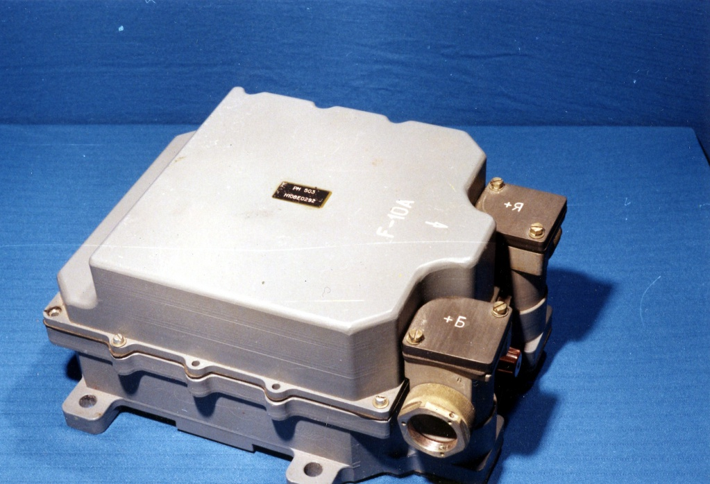 Регулятор напряжения РН503М